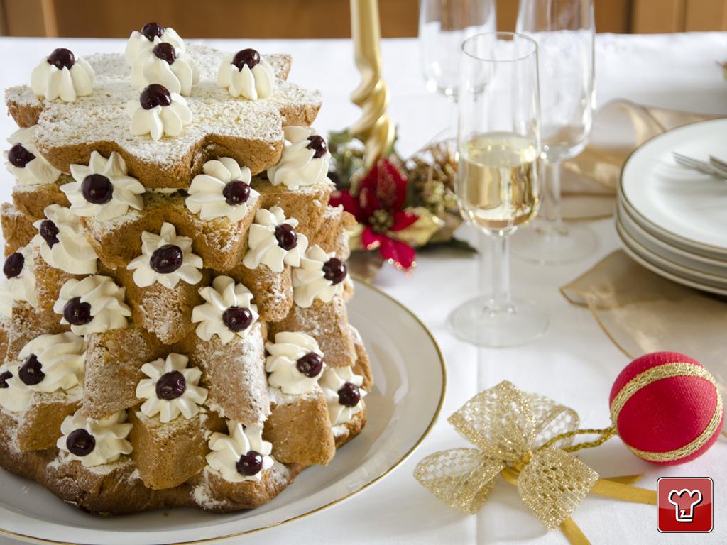 Dolci Di Natale Pandoro.Pandoro Tree Is A Desserts By My Italian Recipes